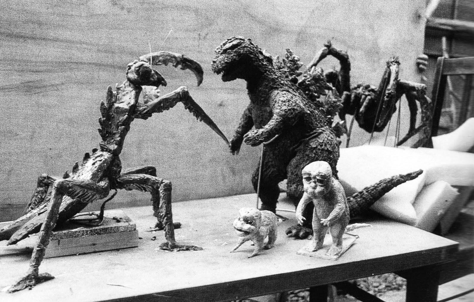 SOG_-_Statues
